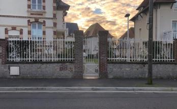 Rénovation d'une clôture en fer à Trouville