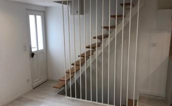 Pose d'un escalier à Deauville