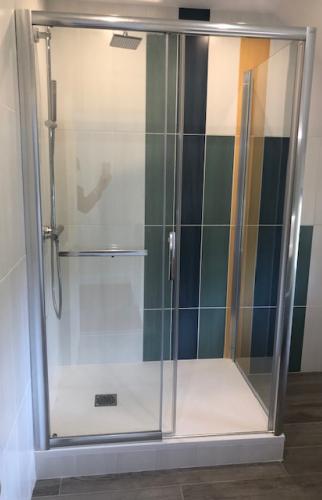 Installation d'une douche à Trouville