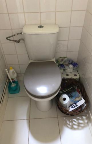 Toilettes avant travaux à Trouville