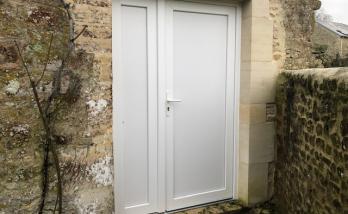 Installer une porte à Deauville